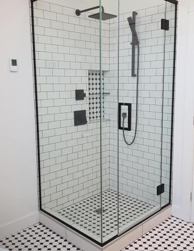 Douche à Linteau avec Charnières - Sud-Ouest